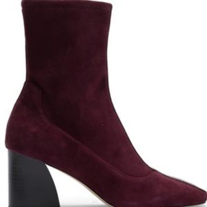"""Donald Pliner Suede """"Gian"""" Ankle Boots size 8.5"""